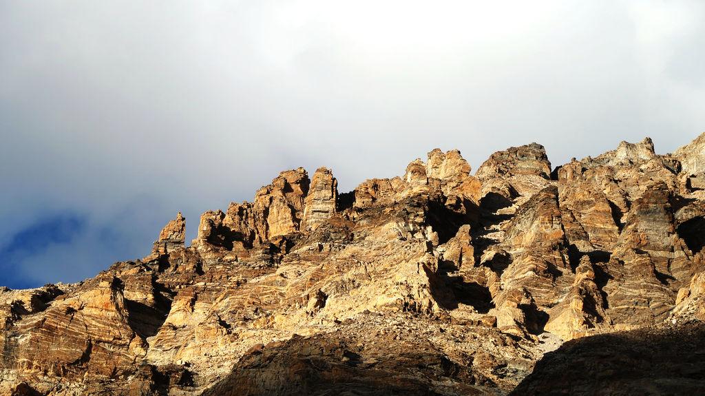 49-西藏珠峰大本營 聖母峰帳篷區 吳酸酸.JPG