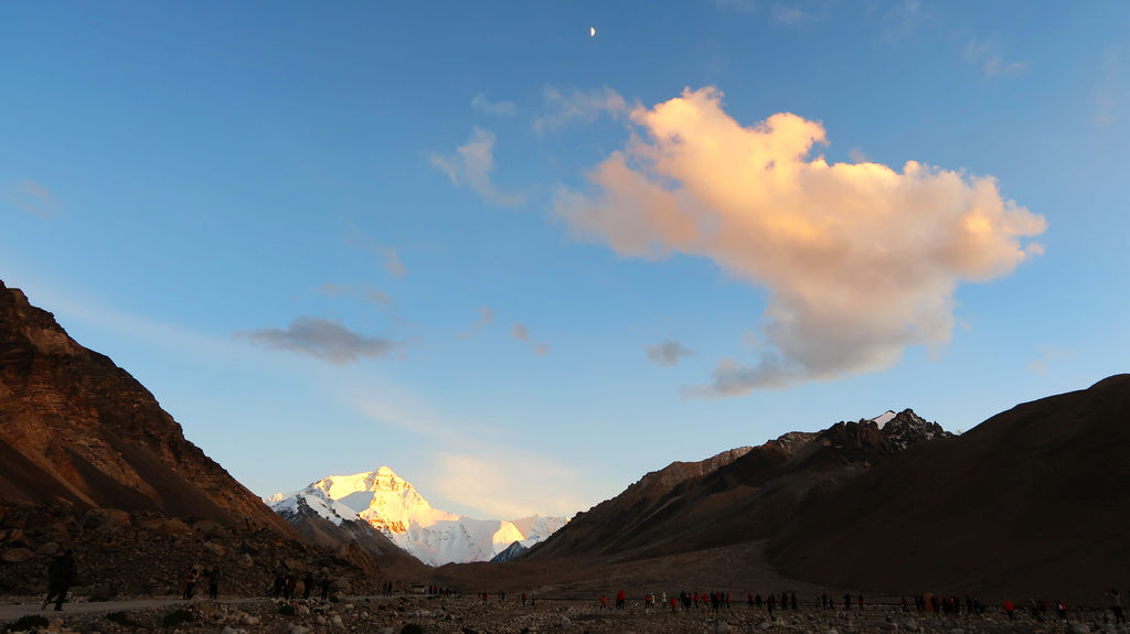 56-西藏珠峰大本營 聖母峰帳篷區 吳酸酸.JPG