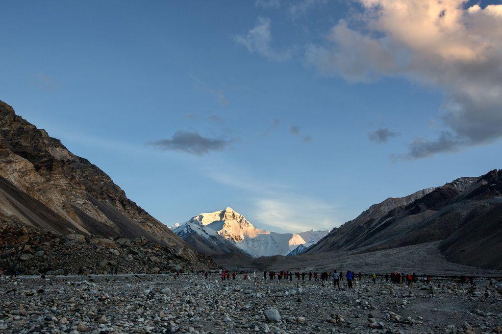 68-西藏珠峰大本營 聖母峰帳篷區 感謝馬來西亞夥伴拍攝.jpg