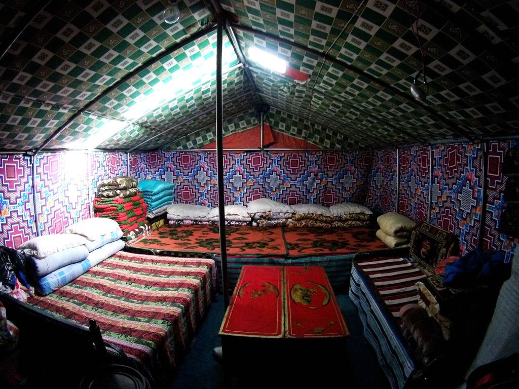 61-西藏珠峰大本營 聖母峰帳篷區 吳酸酸.JPG