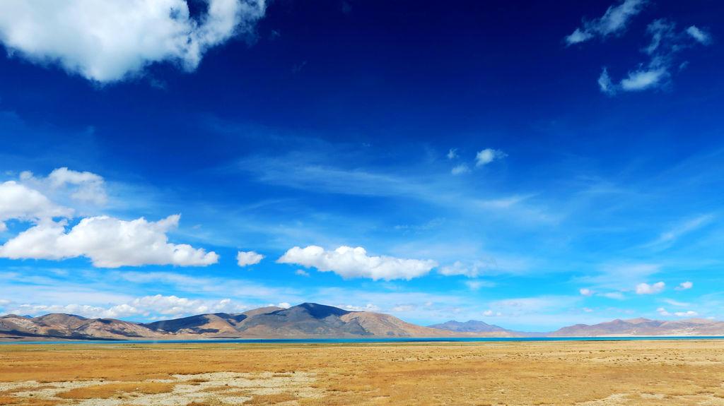 36-從珠峰大本營到薩嘎一路好玩。佩枯措、希夏邦馬.JPG
