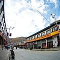 46-從珠峰大本營到薩嘎一路好玩。薩嘎住宿 晚餐 早餐.JPG