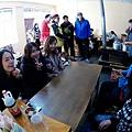 68-從珠峰大本營到薩嘎一路好玩。薩嘎晚餐慶祝中秋節.JPG