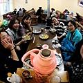 73-從珠峰大本營到薩嘎一路好玩。薩嘎晚餐慶祝中秋節.JPG