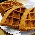 58_台中有溫度的咖啡店_沙鹿_出軌咖_獨家鬆餅.JPG