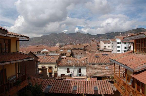 Cusco-我們的家-門口景色.JPG