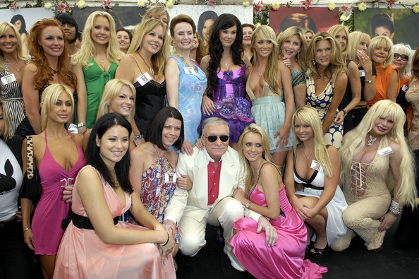 Hugh-Hefner-Playboy-Mansion.jpg