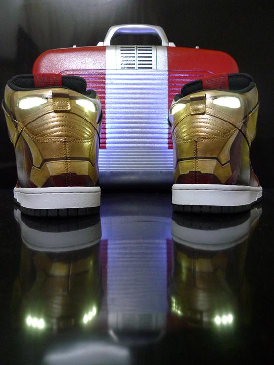 iron-man-2-nike-dunk-light-up-2.jpg