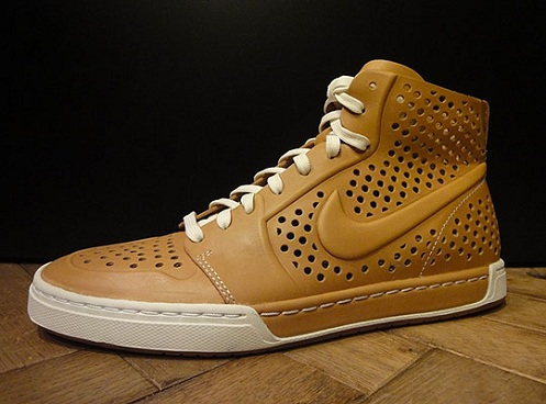 Nike-Air-Royal-Mid-Lite-VT-3.jpg