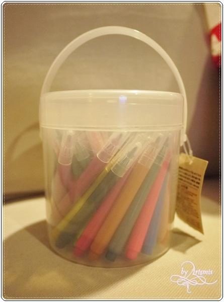 無印良品70色彩色筆(盒子)