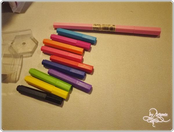 無印良品六角色筆正常版+迷你版 長度比較