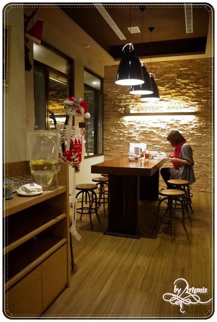 Hotcake Cafe 012.JPG