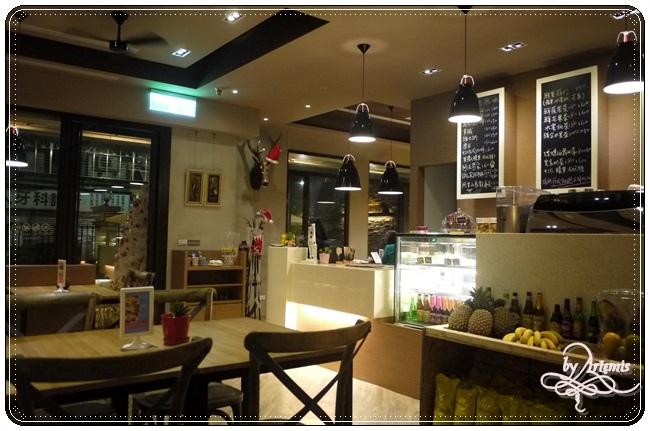Hotcake Cafe 008.JPG