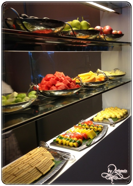 the Line buffet20.JPG