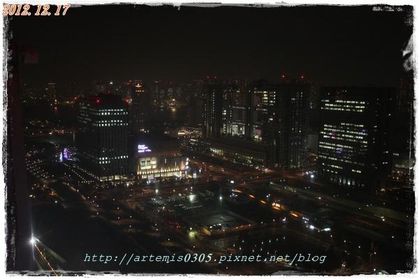 1...2012_12_17_5D II_0347