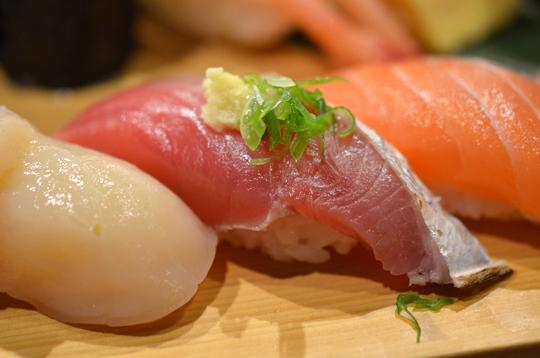 上引水產-特選握壽司4