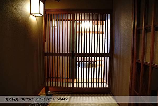 京都嵐山辨慶嵐山溫泉京料理旅館06.jpg