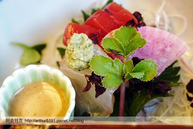 京都嵐山辨慶一泊二食京料理懷石晚餐米其林等級-a04向附.jpg