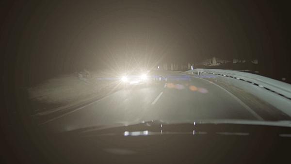 「夜間駕車」的圖片搜尋結果