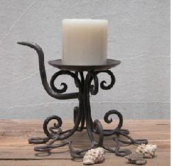經典花型提座燭台-D125