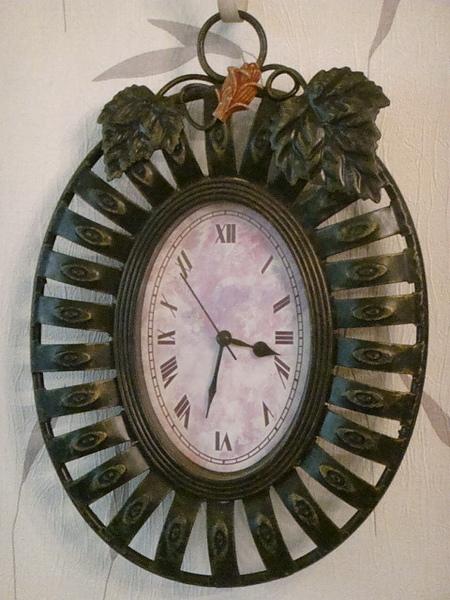蔓藤花型掛鐘-B103