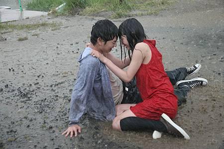 himizu-couple-mud-wrestling
