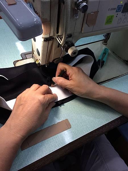 衣的藝術-企業制服-團體服製作過程
