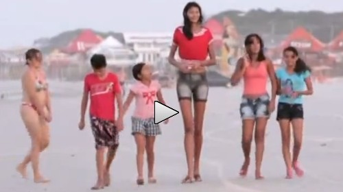 世界上最高的巴西17歲少女Elisany影片