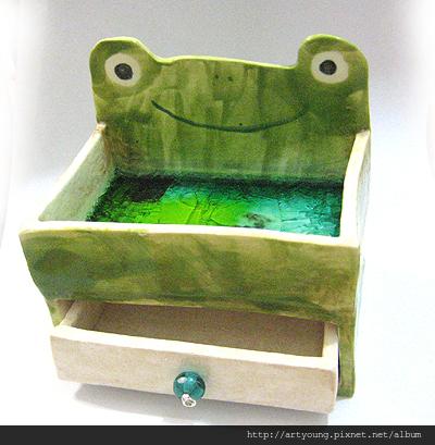青蛙陶置物盒