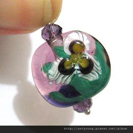 三色花瓣琉璃珠