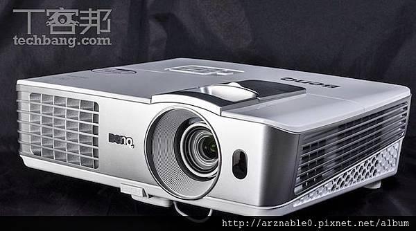 BENQ W1070.jpg