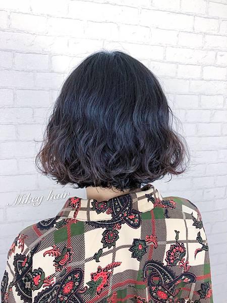 2018女燙髮.jpg