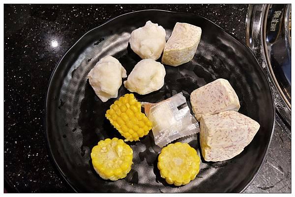 各式小菜-公益路火鍋吃到飽推薦