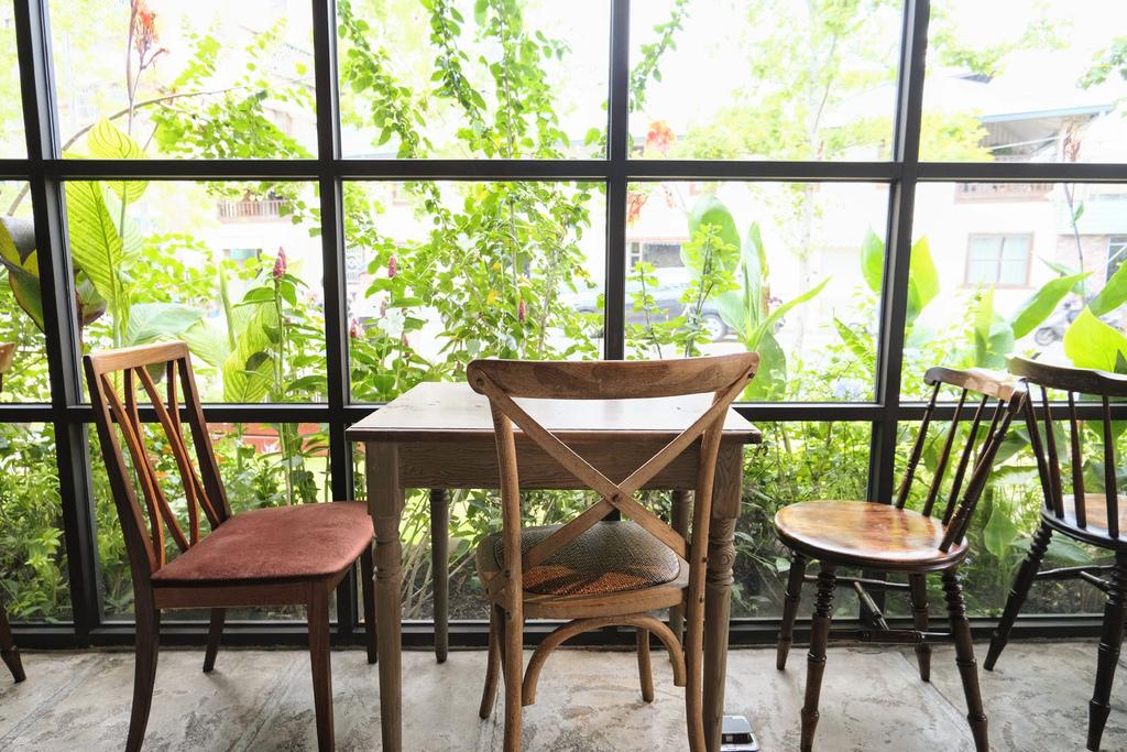 Jos Corner Cafe_4880.jpg