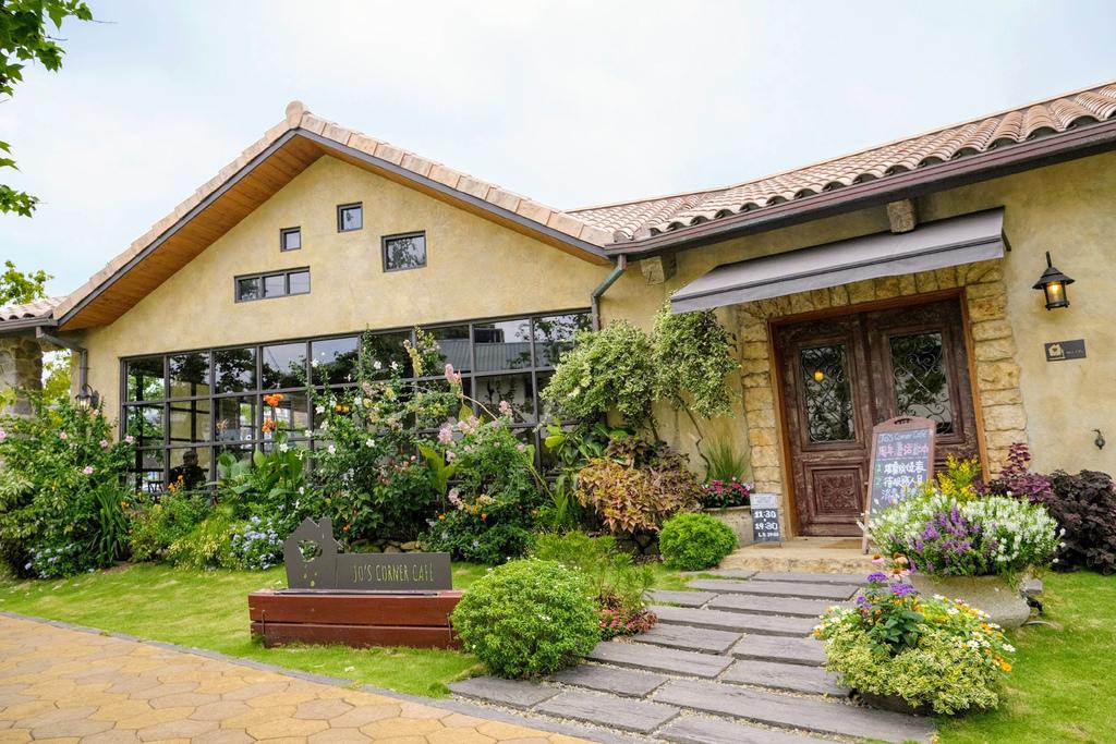 Jos Corner Cafe_4965.jpg