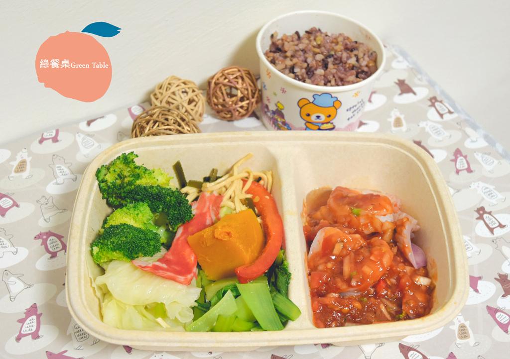 綠餐桌_7534.0.jpg