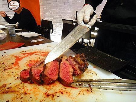 阿根廷烤肉 著火的牛 高雄牛排
