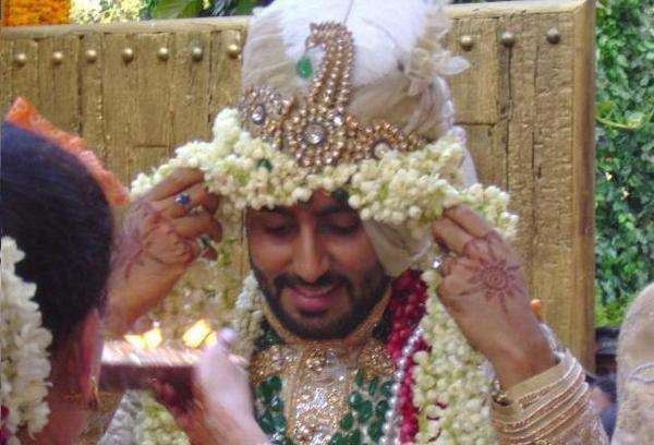Abhishek Bachchan in his traditional Wedding attire!!!