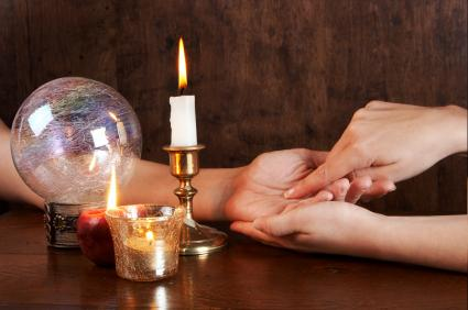 1292888303_148413661_1-Pictures-of--PSYCHIC-READER-PALM-AND-TAROT-READINGS