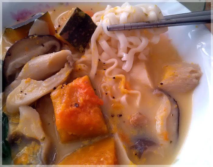 南瓜濃湯麵4