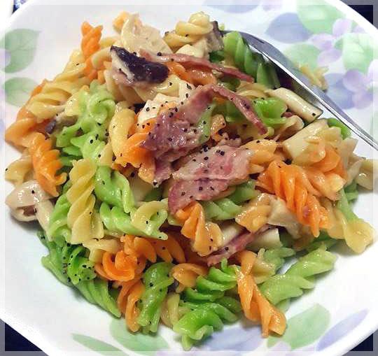 電鍋版義大利麵~培根菇菇