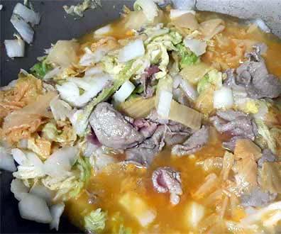 泡菜牛肉炒麵2