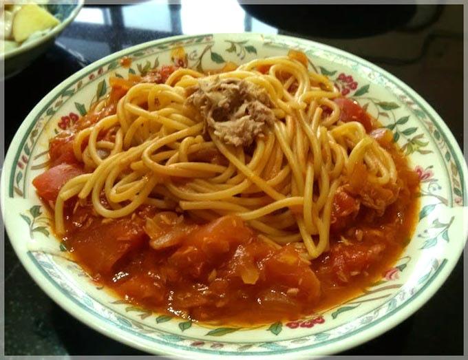 茄汁鮪魚義大利麵-