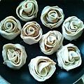 泡菜雞肉玫瑰煎餃5