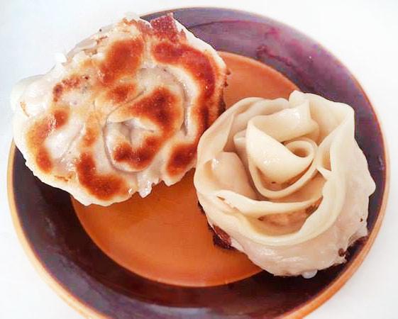 泡菜雞肉玫瑰煎餃--