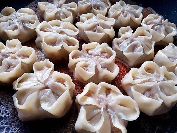 小花芋泥蝦餃