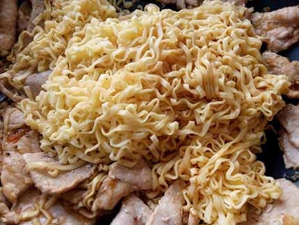 起司蘑菇豬肉麵4