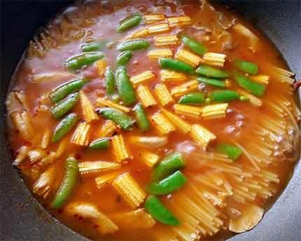 紅椒鮮蝦義大利麵5