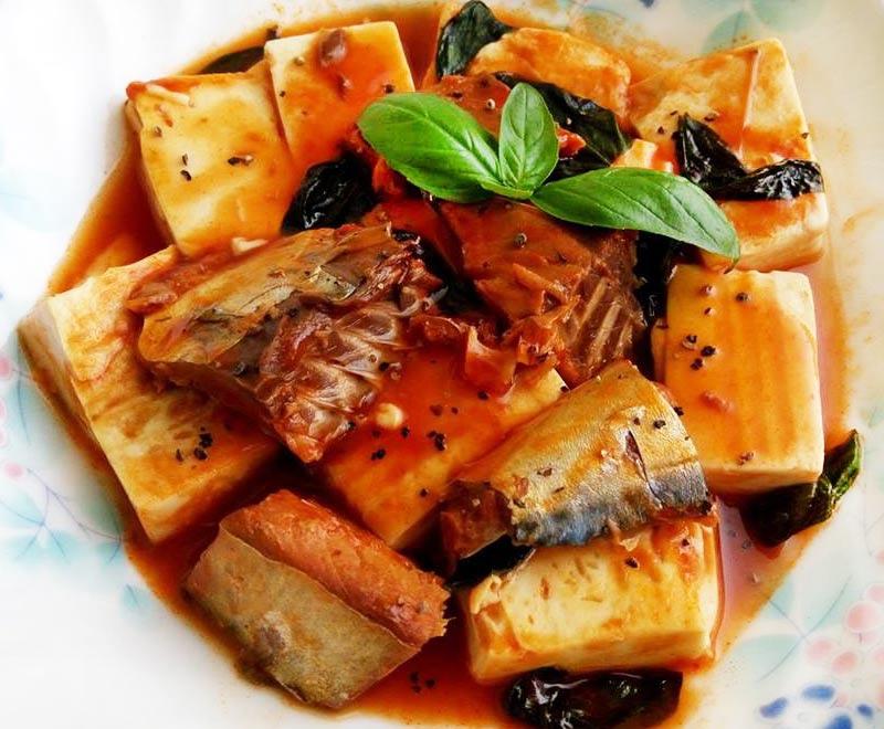 茄汁鯖魚豆腐
