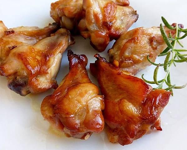 蒜香烤翅腿